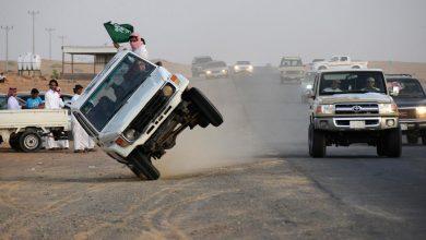 """Photo of """"مفحط"""" يتسبب بحادث تصادم مروع في السعودية (فيديو)"""