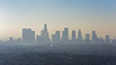 Photo of كيف يؤثر العيش في المدن على بشرتك؟