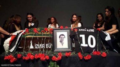 Photo of قتل بحادث دراجة.. نعش الممثل التركي يفجر موجة غضب