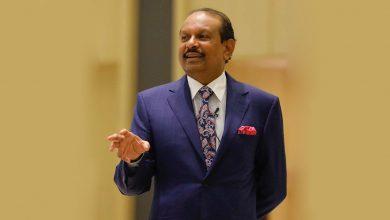 "Photo of ""قصة هندي"" أبحر إلى دبي ليصبح مليارديراً في سنوات"