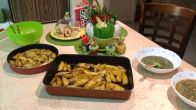 Photo of البطاطا المشويه اللذيذه والمميزه بطريقة بيتزا هت بملعقة زيت للريجيم (فيديو)