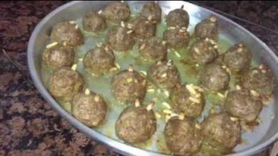 Photo of وصفتين مميزتان للعزائم طعم وشكل كباب مع الباذنجان وكبه على السيخ (فيديو)