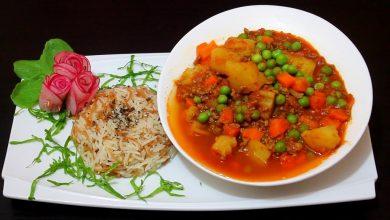Photo of يخنة البازلاء و الجزر و البطاطس مع اللحم المفروم و الارز (فيديو)