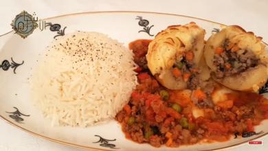 Photo of طريقة تحضير بطاطا محشية باللحم والخضار بطعم رااائع (فيديو)