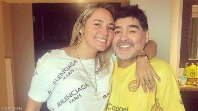 Photo of مارادونا يُطرد من منزله في فضيحة من الطراز الرفيع (صور)