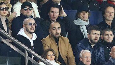 Photo of القذافي في ملعب باريسي.. صورة تشغل مواقع التواصل