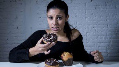 Photo of لا تشعر بالذنب عند تناول وجبة دسمة.. إليك طرق لحرق الدهون