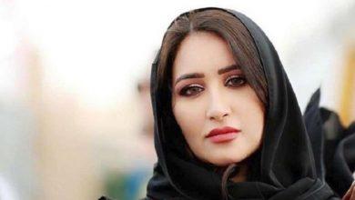 """Photo of إعلامية سعودية معروفة تتلقى هدية غير متوقعة و تقول إنها أصبحت """" راعية إبل """" ( فيديو )"""