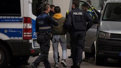 "Photo of حالات مفاجئة لم تحدث من قبل .. صحيفة ألمانية تتحدث عن ترحيل سوري بطائرة إلى دمشق و محامية تتحدث عن منح آخر "" منع ترحيل "" فقط !"