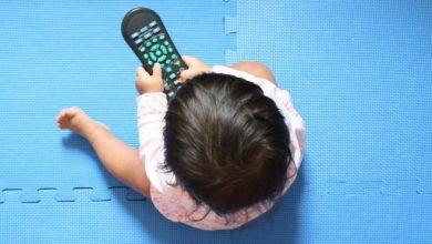 "Photo of لحماية طفلك .. الصحة العالمية تشن حملة على مشاهدة الأطفال ""السلبية"" للشاشات"