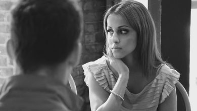 "Photo of 6 علامات تدل على أن علاقتك مع شريكك الحالي هي علاقة ""تعويضية"" ومؤقتة.. مصيرها الفشل"