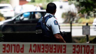"""Photo of لصّ يسرق 11 قطعة سلاح من مركز للشرطة… """"قلق شديد"""" و""""هذا أمر غير مقبول"""""""