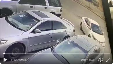 Photo of لحظة سرقة سيارة تركها صاحبها في وضع التشغيل بالرياض.