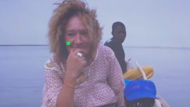 "Photo of "" أنا مسلمة و اسمي مريم "".. لماذا اعتنقت الرهيىْة الفرنسية المخىَطفة في مالي الإسلام بعد تحريرها ؟ ( فيديو )"